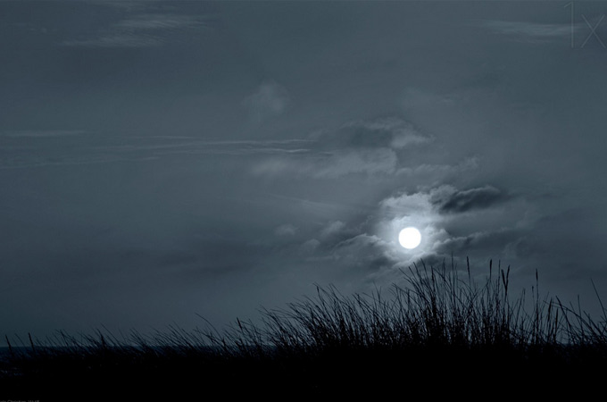 photographs-of-moon